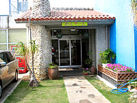 久米島の民宿久米島 別館 - 玄関もとってもキレイ