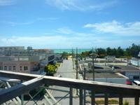 久米島のラ・ティーダ久米島テラス - イーフビーチもどうにか見えるかも?