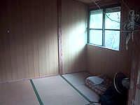 黒島のイリムティア/イリムティヤ/民宿西表屋(閉館) - 部屋は綺麗に見えますが虫だらけ