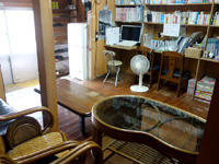 南大東島の民宿金城 - 閉館直前の宿のロビー