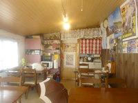 南大東島の民宿金城(閉館) - 食堂は別棟なので一度外に出ます