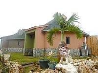 南大東島のコテージKIRAKU/南大東コテージきらく/喜楽別邸(きらく家グループ) - 建物は結構個性的
