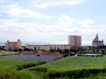 宮古島のホテルブリーズベイマリーナ