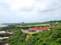 宮古島のアラマンダ インギャーコーラルヴィレッジ(インギャーマリンガーデン ファミリーロッジ) - マリンガーデンから見た施設群