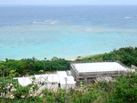 宮古島の宮古島東海岸リゾートホテル計画 - 廃墟化していた建物を再利用