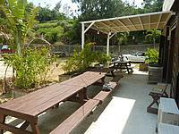 宮古島のビーチハウス宮古島 - 屋外スペースもあるが蚊が多い