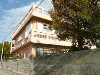 宮古島のゲストハウス ファミリア