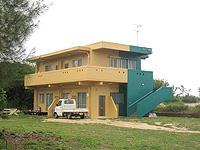 宮古島のサンズガーデン・イン・パイナハマ(旧ペンション&ウィークリーぱいな浜) - 以前はこんなカラーリングでした