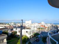 宮古島のオアシティー共和(旧ペンション スター) - ギリギリ海や伊良部島が見える感じ