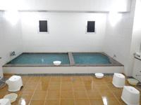 宮古島のオアシティー共和(旧ペンション スター) - 大浴場は意外と快適