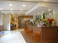 宮古島のピースアイランド宮古島 - エントランスはビジネスホテル的