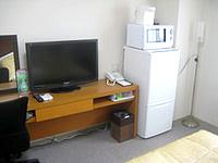 宮古島のピースアイランド宮古島 - 大きな冷蔵庫と電子レンジが嬉しい
