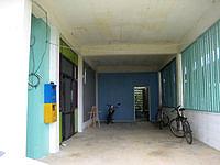 宮古島のギャラリー&レンタルルーム すなやま - ギャラリー入口だけど宿入口は不明