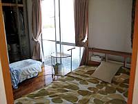 宮古島の民宿すだぁ〜す家 - 部屋も民家の1室って感じです