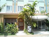 那覇のホテルグランビュー沖縄 - まさに駅やバス停の真横にあって便利なホテル - まさに駅やバス停の真横にあって便利なホテル