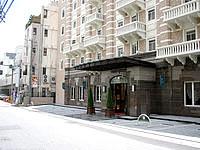 那覇のGRGホテル那覇東町 - この系列ホテルはキレイだけどどれも同じ外観