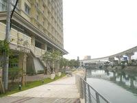 那覇のリーガロイヤルグラン沖縄 - 旭橋駅からだと裏に入口がある