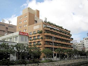 那覇のホテルサンパレス球陽館