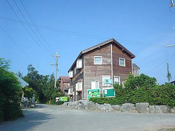 瀬底島のペンション イーグルクラブ
