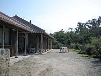 竹富島の嶺本館 - 庭は広めで宿でのんびり出来そう