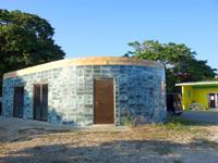 多良間島のCOCOハウス - さらに謎の建物も!?