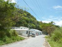 渡嘉敷島の民宿けらまマリン - 阿波連集落の奥のまた奥にあります
