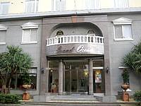 徳之島のホテルグランドオーシャンリゾート - ホテルの表の入口