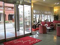 徳之島のホテルグランドオーシャンリゾート - 玄関脇にはロビーがあります