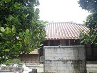 渡名喜島の赤瓦の宿 ふくぎ屋 - まさに古民家に宿泊する感じ