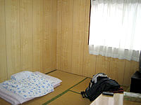 座間味島の民宿ロビンソン - 部屋は和室でこんな感じ