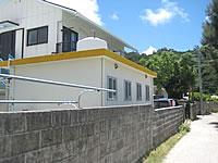 座間味島の民宿みすまるの家 - 細い路地にあるので注意!
